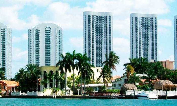 Turnberry Ocean Colony Condominiums
