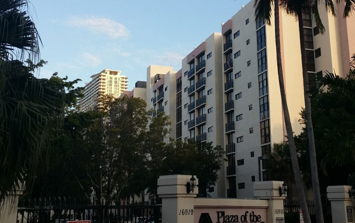 Plaza of Americas Condominiums for sale and rent